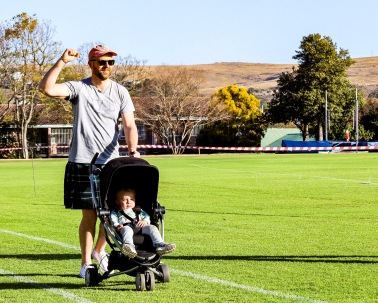 Clint Tessendorf with his son, the youngest ever finisher of the kilted mile, Jack Tessendorf.