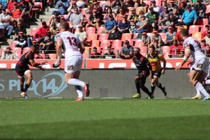 The Southern Kings on the attack against Ulster in Nelson Mandela Bay Stadium on Sunday 16 September, 2018.