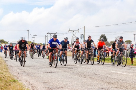 The cyclists set off for their 25km cycle challenge as part of the Grahamstown Games.