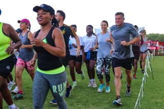 The 20th annual Makana Brick Nite Race was well supported by a large number of runners, joggers, walker and even a few crawlers, as Makana Brick celebrated its 25th year. Photo: Stephen Kisbey-Green