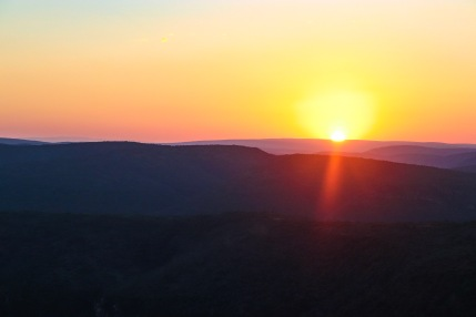 A beautiful sun sets over the Great Fish River Nature Reserve. Photo: Stephen Kisbey-Green