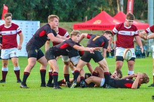 A perfect pass from Kingswood's scrum half against Kearsney. Photo: Stephen Kisbey-Green