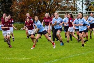 Kirara Kirasha winds up for the pass out wide. Photo: Stephen Kisbey-Green