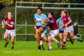 Eimear Corri pumps through the defence. Photo: Stephen Kisbey-Green