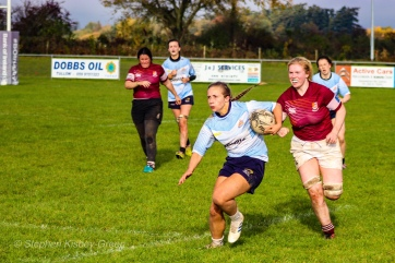 Leah Reilly steps off her right foot in order to beat the coming defender. Photo: Stephen Kisbey-Green