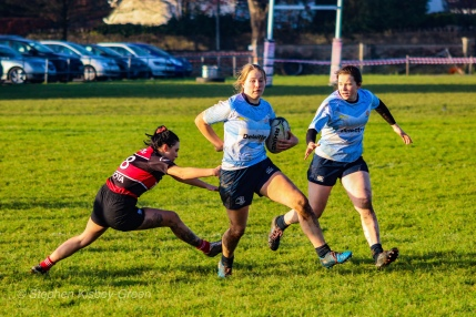 Nikki Gibson makes a brilliant break against Tullamore, while playing out of position in the centers. Photo: Stephen Kisbey-Green