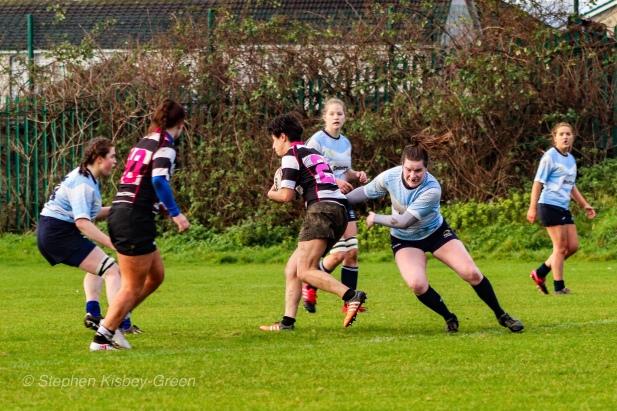 Hannah Heskin puts in the effort on defense. Photo: Stephen Kisbey-Green