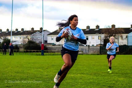 Eimear Corri on a break out wide against Old Belvedere RFC. Photo: Stephen Kisbey-Green